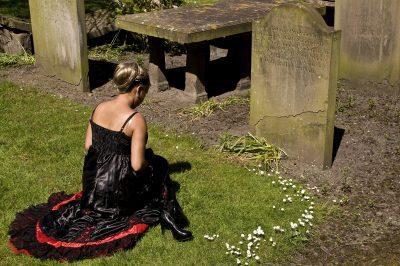 Frases De Pésame Por La Muerte De Un Familiar   Mensajes de condolencias