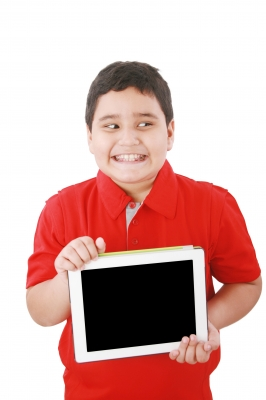 consejos de seguridad informática para niños,Niños y seguridad informática,proteger a los niños en internet,filtros para la seguridad de los niños,controlar donde navegan tus hijos,horarios para niños en internet,peligros de las redes sociales para los niños.