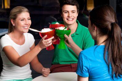 descargar frases de amistad para facebook, nuevas frases de amistad para facebook