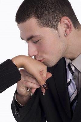 Cómo ser irresistible para las mujeres,por qué algunos hombres son irresistibles,cómo ser irresistible para las mujeres,como reconocer a un hombre irresistibe,tips para conquistar un hombre irresistible,consejos para seducir a un hombre atractivo