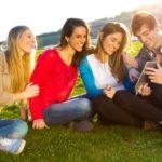 originales mensajes por el Día de la amistad para un amigo, enviar lindos textos por el Día de la amistad para tu amigo