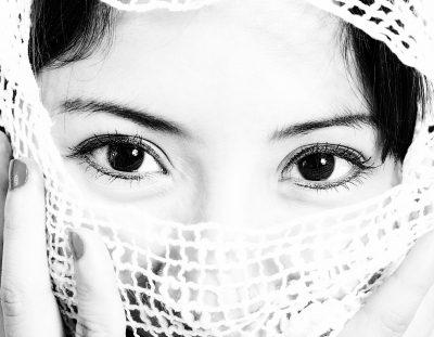 como visten las mujeres en el mundo, vestimenta para las mujeres en el mundo,religiòn y vestuario de las mujeres en el mundo,paìses y tradiciones en el vestuario femenino,la cultura es parte del vestuario femenino,tradiciones milenarias en los vestuarios femeninos.