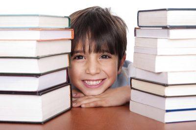 Cómo ayudar a su hijo con la tarea escolar,consejos para ayudar a sus hijos en las tareas escolares,tips para que tus hijos hagan sus tareas escolares,como hacer las tareas escolares en casa,padres que ayudan a sus hijos con tareas escolares.