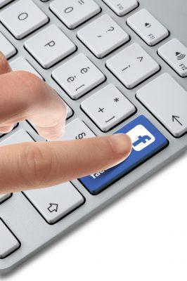 Bonitas Frases De Feliz Y Enamorada En Facebook