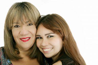 enviar mensajes por el Día de la madre para una hija, originales frases por el Día de la madre para una hija